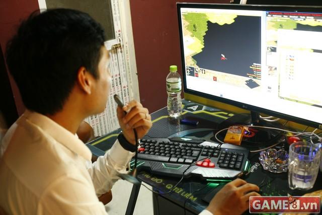 Vi hành quán net: AZ Gaming Center đập chuột thoải mái khi trang bị 2 chuột trên 1 máy tính - ảnh 6