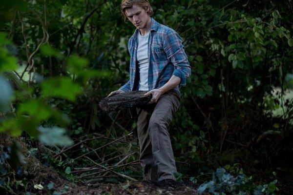 5 điều khiến  'The Disappointments Room' trở thành phim kinh dị đáng xem nhất mùa Halloween năm nay - ảnh 3