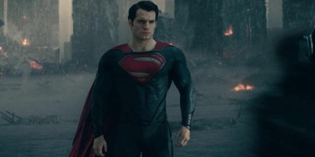 Superman và Wonder Woman yêu nhau khiến mặt đất rung chuyển, thế giới hứng chịu thảm họa - ảnh 1