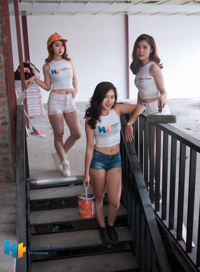 Kỳ lạ dịch vụ lắp đặt quán net thuê cả hotgirl để ngồi...trát vữa - ảnh 8