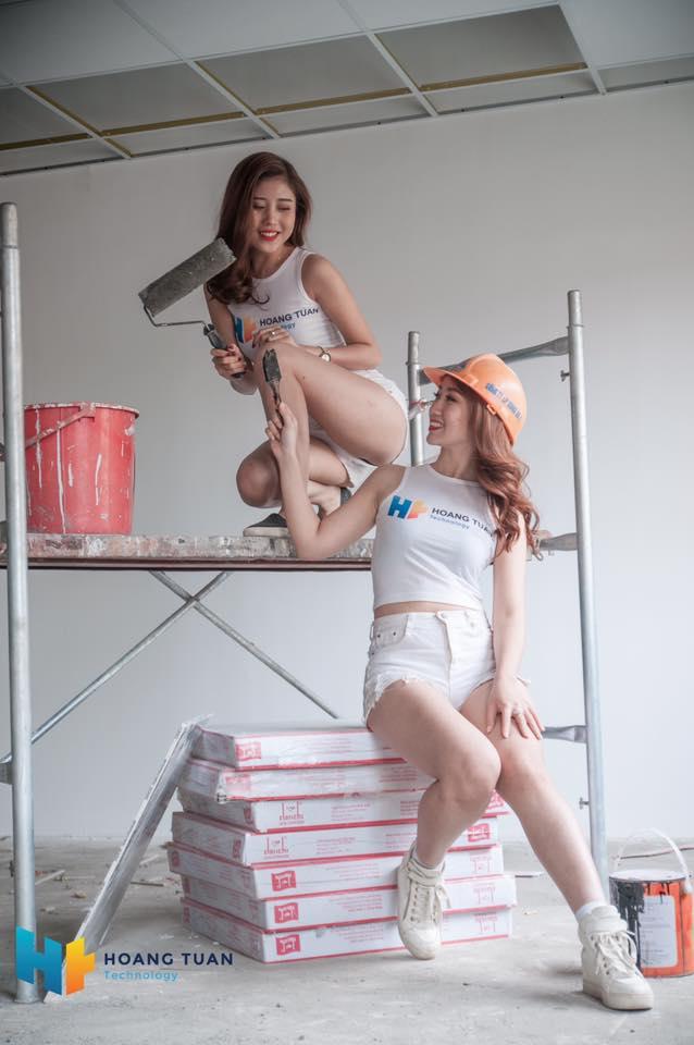 Kỳ lạ dịch vụ lắp đặt quán net thuê cả hotgirl để ngồi...trát vữa - ảnh 5