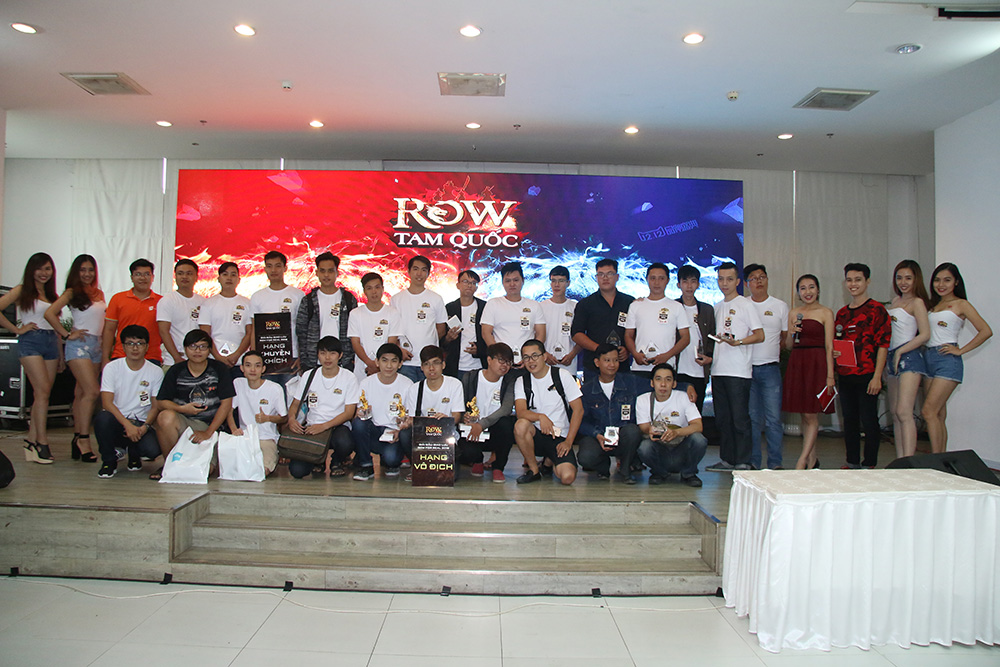 Game thủ ROW trải lòng sau giải đấu ROW For Real