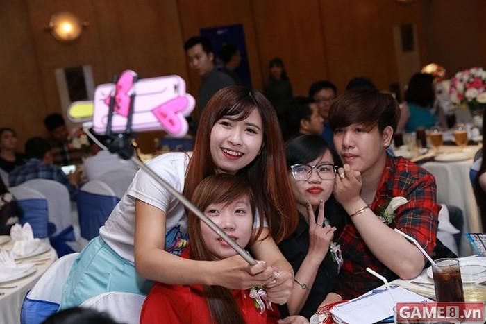 Điểm danh những nữ game thủ đã là VIP mà lại còn XINH của NPH VTC Game - ảnh 10