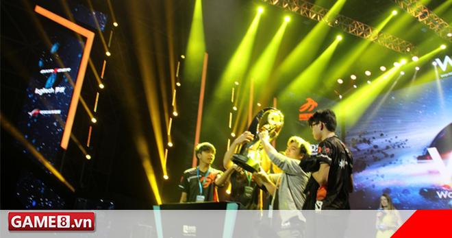 Dota 2 - TnC vô địch WESG, C9 mới tiếp nối thương hiệu về nhì của đại đế
