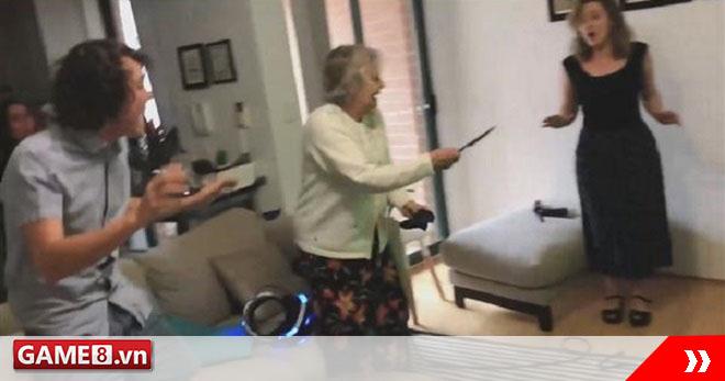 Bị dụ chơi bắn súng trên kính thực tế ảo, cụ bà 80 tuổi rút ngay súng thật ra nhả đạn