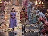 """Câu chuyện cổ tích đầy màu sắc trong """"Kẹp hạt dẻ và 4 vương quốc"""""""
