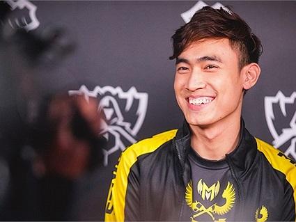 LMHT: Tinikun bất ngờ công khai bán áo khoác thi đấu của Levi với mức giá khởi điểm cực kì sốc