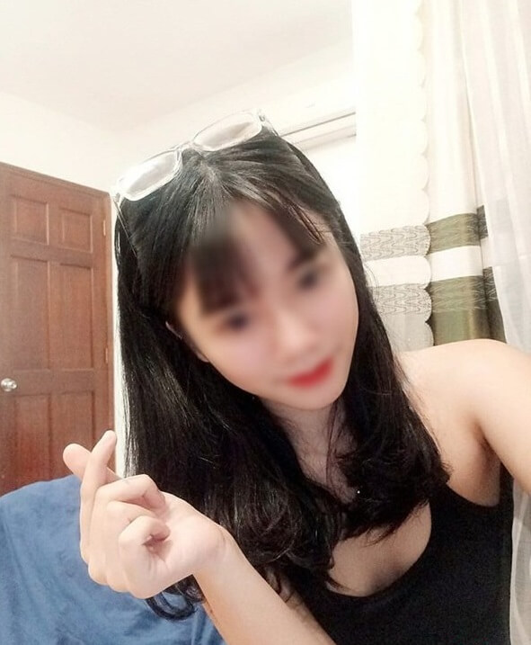 Hot girl 2k3 livestream vén áo khoe vòng 1, facebook thì dày đặc hình ảnh nóng cỡ này - ảnh 5