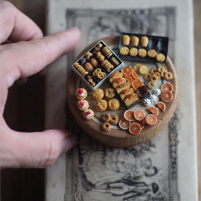 Trên tay thế giới thu nhỏ, đẹp mà tinh xảo hơn cả bản gốc của nữ nghệ nhân Nhật Bản