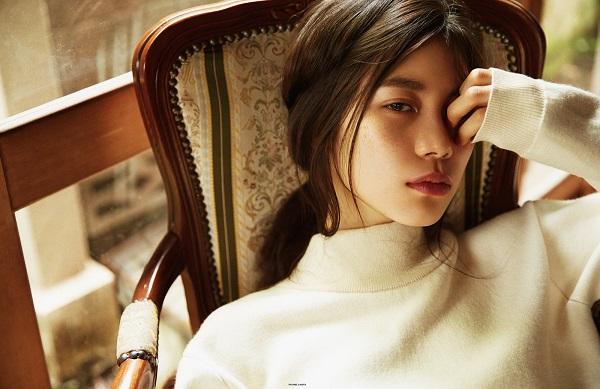 Lỡ tay đăng nhầm video, siêu mẫu Nhật Bản để lộ cảnh nóng với bạn trai - ảnh 3