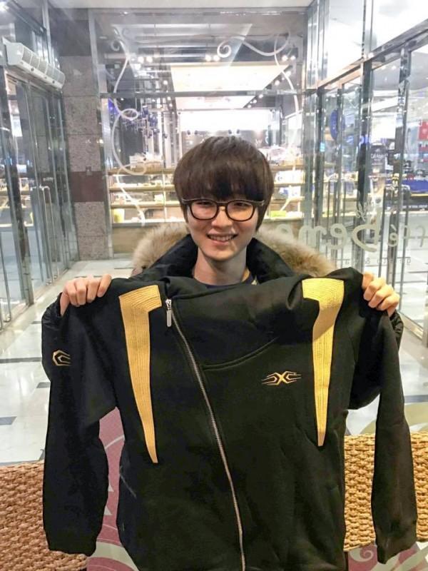 LMHT: SofM chia tay siêu xạ thủ Ohq, chào đón siêu sao Top 1 rank Hàn 16 tuổi gia nhập Snake Esports - ảnh 1